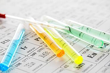 Test tubes with liquids and pipette on periodic table - 1178-31737