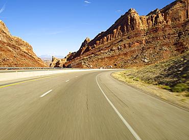 USA, Utah, Interstate 70 cutting through San Rafael Swell