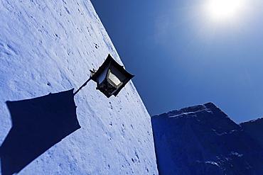 Street light on Monasterio de Santa Catalina, Peru, Arequipa, Monasterio de Santa Catalina