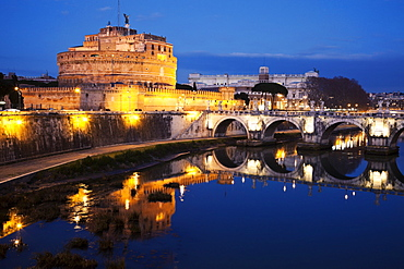Castel Sant'Angelo and Tiber River in early morning