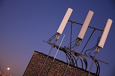 USA, Illinois, Chicago, Rooftop with antenna