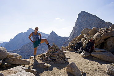 USA, California, Sequoia National Park, Five Lakes trail, Mid adult hiker posing