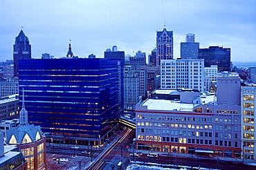 USA, Wisconsin, Milwaukee, cityscape in morning