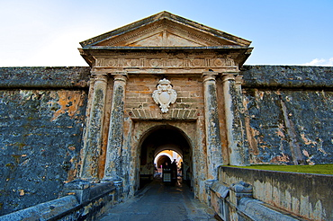Puerto Rico, Arch gate to fort