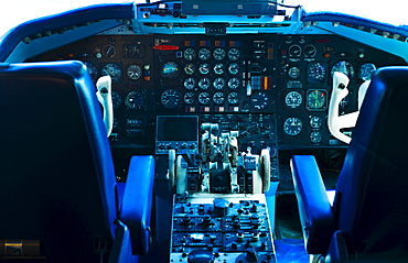 Commercial jet cockpit