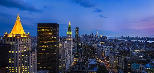 Manhattan at dusk, USA, New York State, New York City