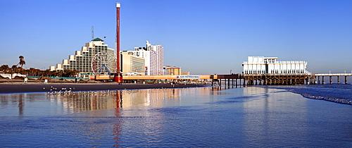 USA, Florida, Daytona Beach, Pier and blue sky