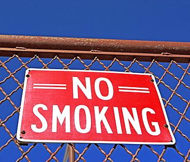 no smoking sign,