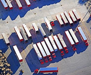 Freight trucks