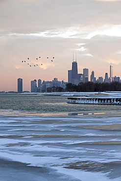 Downtown seen from north side at sunset, Chicago, Illinois