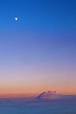 USA, Washington, Mt. Rainier