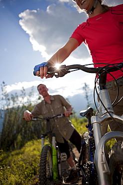 Canada, British Columbia, Fernie, Friends enjoying mountain biking