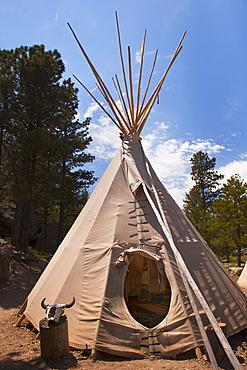USA, South Dakota, Traditional Indian teepee