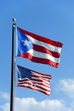 Puerto Rico, Old San Juan, flags of the USA and Puerto Rico