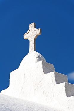 Greece, Cyclades Islands, Mykonos, Cross on church roof