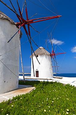 Greece, Cyclades Islands, Mykonos, Old windmills at coast