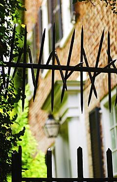 USA, South Carolina, Charleston, Close up of iron spikes on fence
