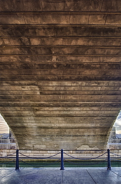USA, Arizona, Lake Havasu, underneath of historic London Bridge, USA, Arizona, Lake Havasu