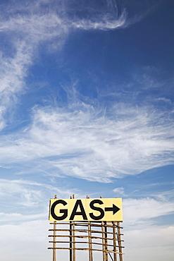Gas sign and arrow, USA, South Dakota, Okaton