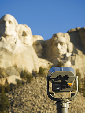 Coin operated binoculars at Mount Rushmore