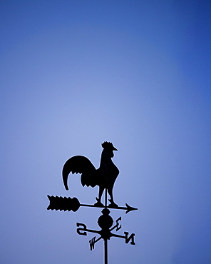 Weather vane with rooster