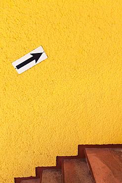 Arrow sign on wall, Mexico, Quintana Roo, Yucatan, Cancun