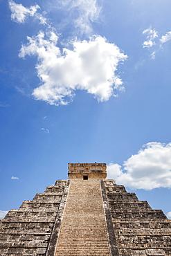 Mexico, Yucatan Peninsula, Chichen Itza, Kukulcan pyramid, Mexico, Yucatan Peninsula, Chichen Itza