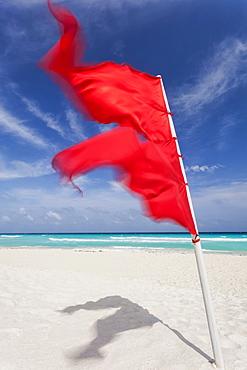 Mexico, Quintana Roo, Yucatan Peninsula, Cancun, Red flag on beach, Mexico, Quintana Roo, Yucatan Peninsula, Cancun