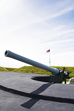 South Carolina, Sullivan's Island, Large cannon