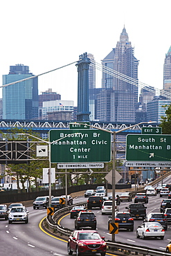USA, New York State, New York City, Cityscape with Brooklyn Bridge
