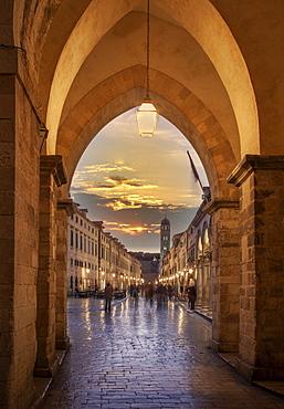 Croatia, Dubrovnik, People in old town street at dusk