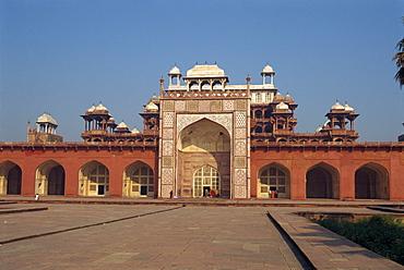 Akbar's Mausoleum, built in 1602 by Akbar, Sikandra, Agra, Uttar Pradesh state, India, Asia