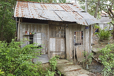 A common agricultural worker's shack, Ben Ke, Vietnam, Indochina, Southeast Asia, Asia
