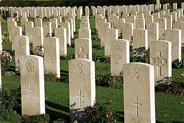 War Cemetery, 1939-1945, World War II, Bayeux, Basse Normandie (Normandy), France, Europe