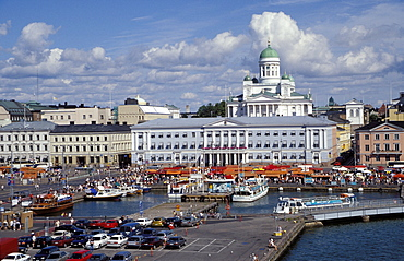 Lutheran cathedral and market square, Helsinki, Finland, Scandinavia, Europe