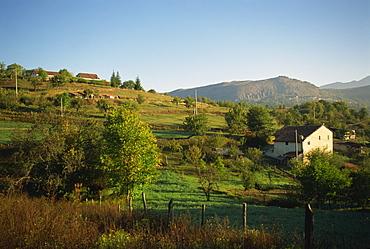 Farm landscape near Tagliacozzo, Abruzzo, Italy, Europe