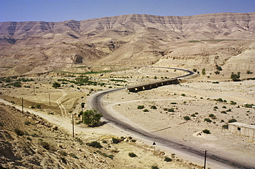 Canyon of Wadi Mujib, the biblical Arnon and boundary between Amorites and Moabites, Jordan, Middle East