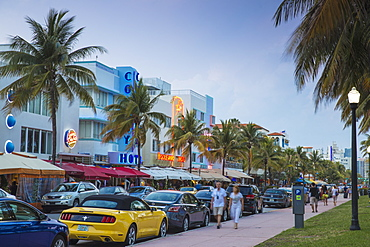 Art Deco hotels on Ocean Drive, South Beach, Maimi Beach, Florida, United States of America, North America