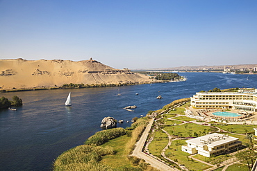 Elephantine Island, view of Movenpick Resort and River Nile, Aswan, Upper Egypt, North Africa, Africa