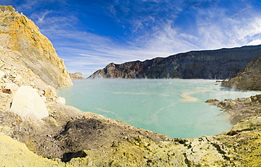 Kawah Ijen and its turquoise acid crater lake, Java, Indonesia, Southeast Asia, Asia