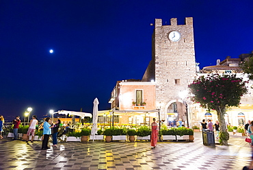 Taormina at night, the clock tower in Piazza IX Aprile on Corso Umberto, the main street in Taormina, Sicily, Italy, Europe