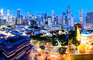 The Buddha Tooth Relic Temple and Central Business District (CBD), Chinatown, Singapore, Southeast Asia, Asia