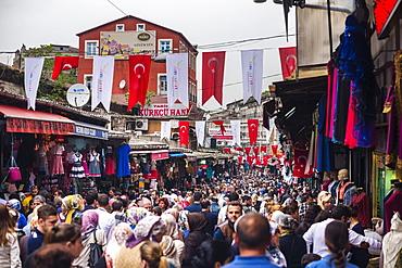 Busy market street near The Grand Bazaar (Kapali Carsi), Istanbul, Turkey, Europe