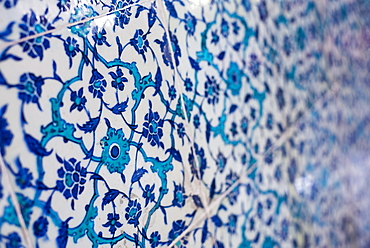 Traditional blue Turkish tiles at Topkapi Palace, UNESCO World Heritage Site, Istanbul, Turkey, Europe