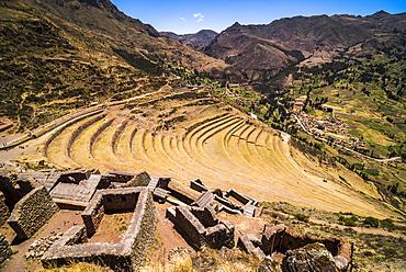 Pisac Inca Ruins, Sacred Valley of the Incas (Urubamba Valley), near Cusco, Peru, South America