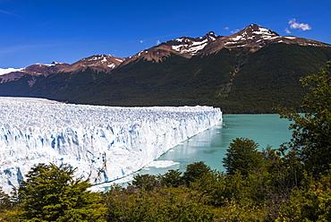 Perito Moreno Glaciar, Los Glaciares National Park, UNESCO World Heritage Site, near El Calafate, Patagonia, Argentina, South America