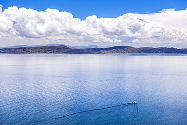 Boat tour on Lake Titicaca, seen from Taquile Island, Peru, South America