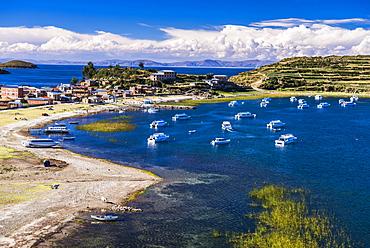 Harbour on Lake Titicaca at Challapampa village on Isla del Sol (Island of the Sun), Bolivia, South America