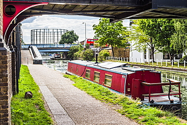 Canal at Ladbroke Grove in the Royal Borough of Kensington and Chelsea, London, England, United Kingdom, Europe