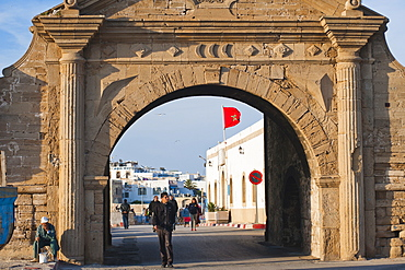 Entrance gate to the old city of Essaouira, formerly Mogador, UNESCO World Heritage Site, Morocco, North Africa, Africa